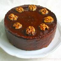 Le Cenwenoix : Gâteau levé aux noix et chocolat, Nappage au caramel à la vanille