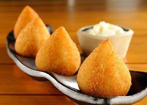 Brazilian fried chicken balls