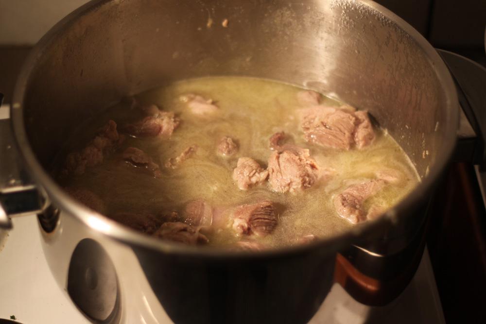 on ajoute l'eau pour la cuisson