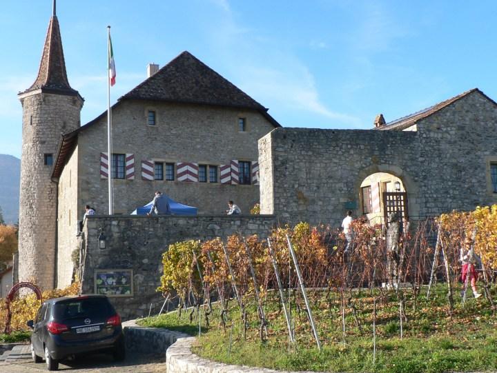 chateau de boudry 2300x1726
