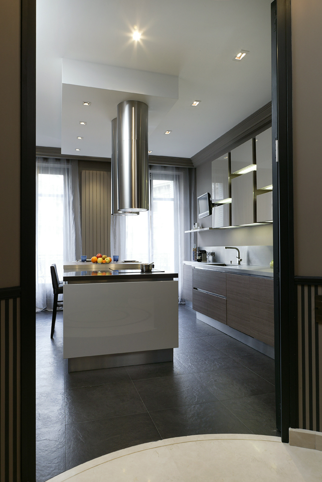 oeuvre d 39 art en cuisine cuisines et bains. Black Bedroom Furniture Sets. Home Design Ideas