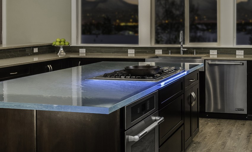 5 plans de travail en verre d 39 exception cuisines et bains - Eclairage cuisine plan de travail ...