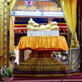 Inle Lake, Myanmar–Phaung Daw Oo Pagoda Buddhas