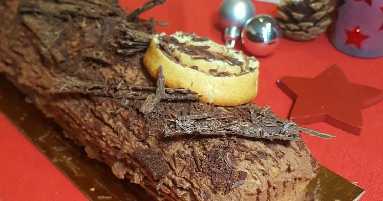 Bûche de Noël à la crème de marrons et chocolat