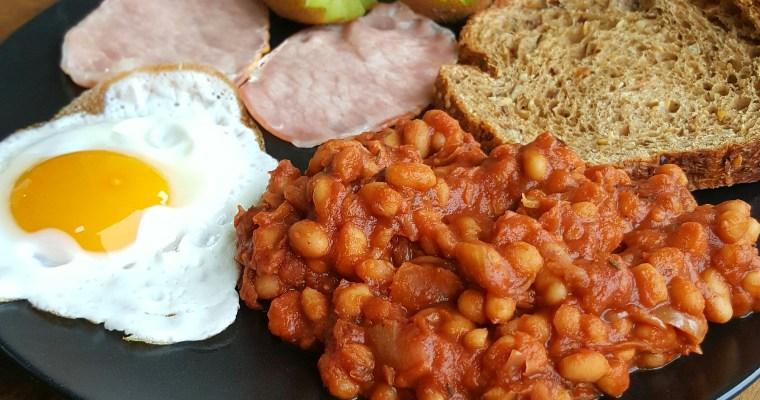 Haricots blancs à la sauce tomate (Baked Beans) spécial petit-déjeuner salé