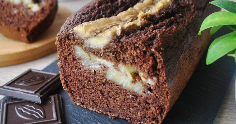 Cake au chocolat fourré à la banane