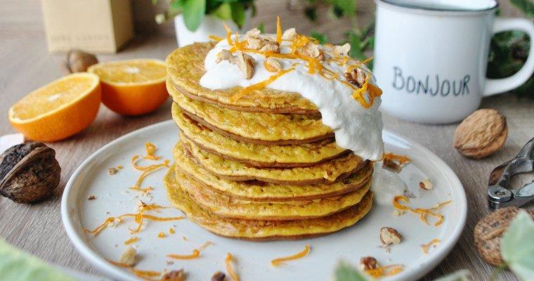 Pancakes façon carrot cake, aux noix et à l'orange