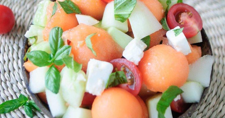 Salade fraîcheur au melon, concombre, feta & tomates cerise