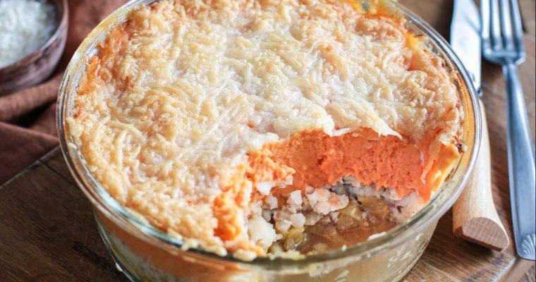 Parmentier à la patate douce, cabillaud et poireaux