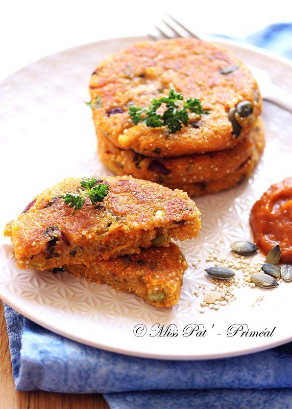 Galettes végétariennes au quinoa, carotte et parmesan misspatpriméal