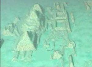 Kota bawah laut Kuba 300x218 7 peninggalan Misteri di dasar laut