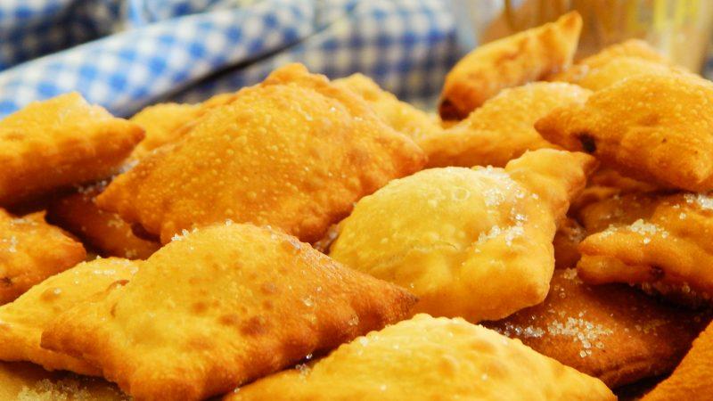 ravioles fritos ricotta canela dulce