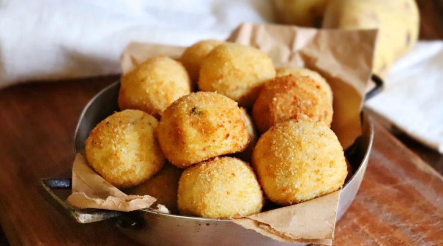 bombas de papa queso fritas
