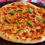 pizza con masa madre casera
