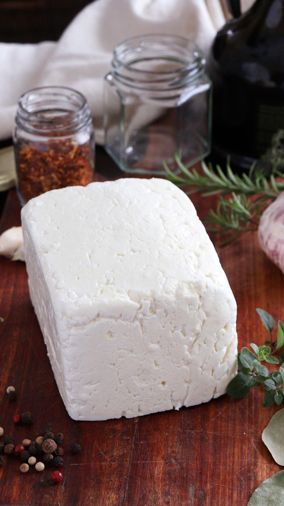 queso en aceite marinado feta
