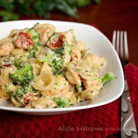 Broccoli-Chicken Mac & Cheese