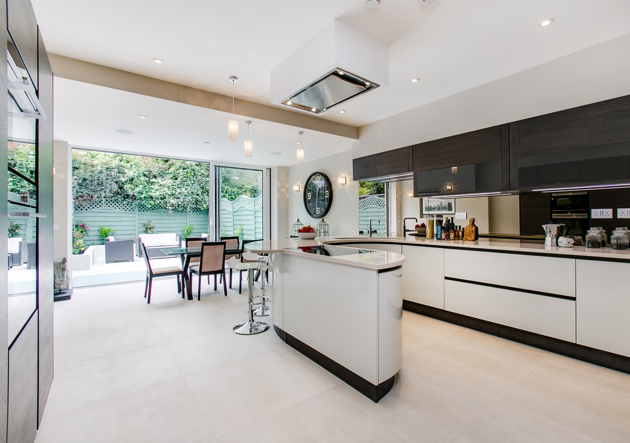 A classic contemporary Fulham Townhouse kitchen designed by Nicola Scannell Design and Home Staged by Cullum Design   London UK