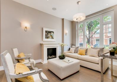 A classic contemporary Fulham Townhouse reception room designed by Nicola Scannell Design and Home Staged by Cullum Design | London UK