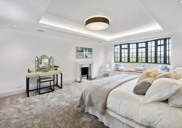a-large-house-in-wimbledon-home-staged-by-Cullum-Design-London-UK-1
