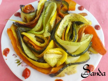 Salata colorata din zucchinii de Sanda Suciu Ex Surtea
