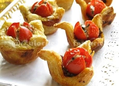 Cosulete aperitiv cu rosii cherry 3