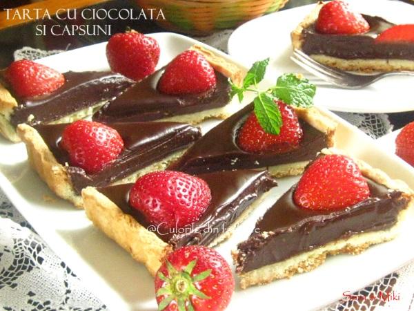 Tarta-cu-ciocolata-si-capsuni-3-1