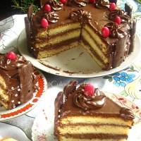 Tort cu crema nutella si iepurasi de ciocolata