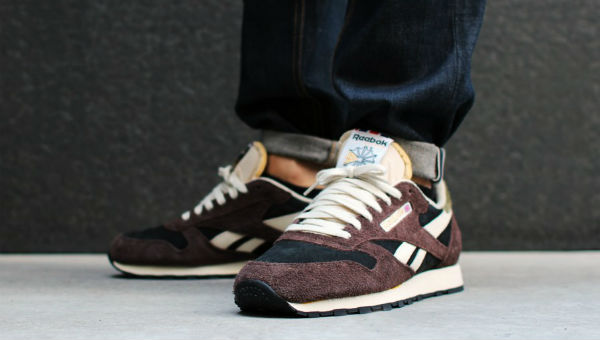 Reebok Classic Leather Italy Earth / Black / Paperwhite