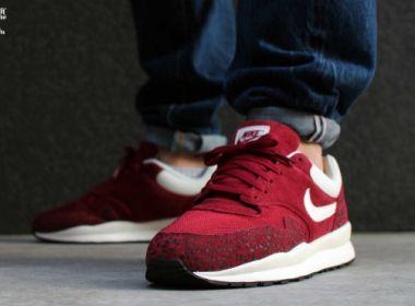 Nike Air Safari Team Red