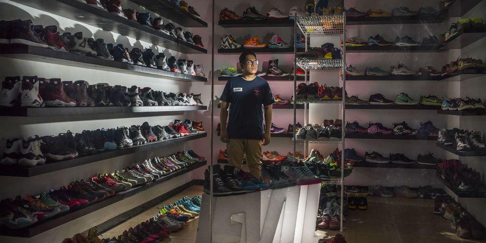 Sneaker Fans Worldwide - Ipamevil Sneakers Collection
