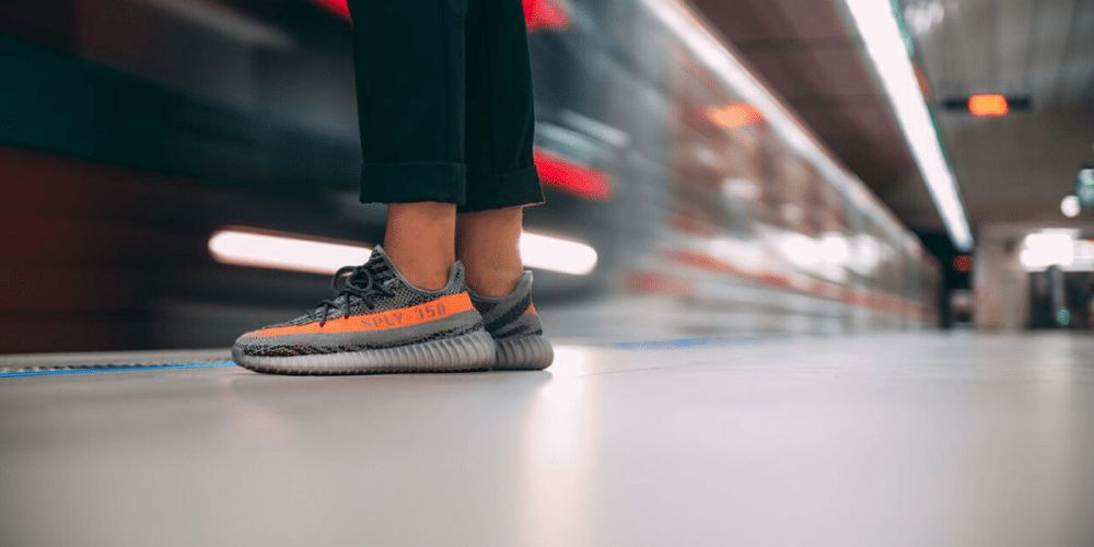 adidas yeezy boost 350 v2 beluga on feet
