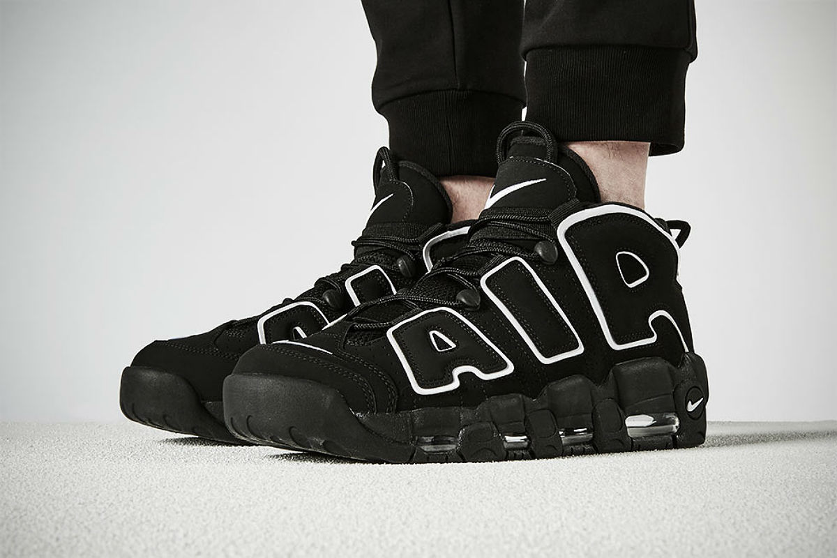 nike air more uptempo black on feet