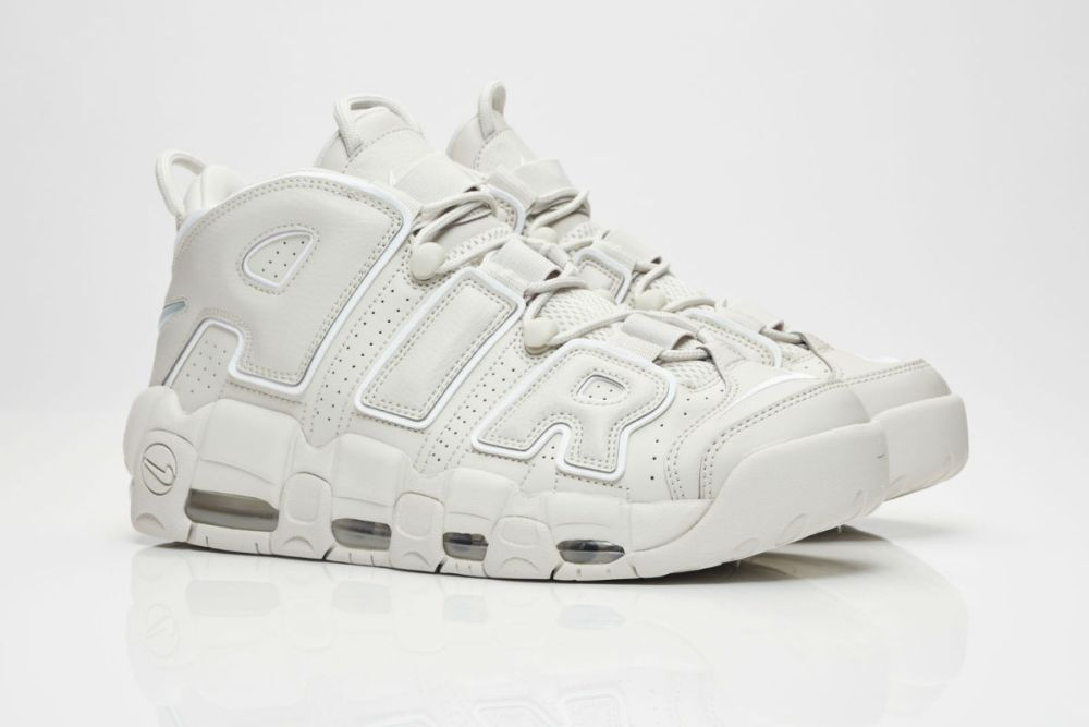 buy popular 96f37 c3ab8 Nike Air More Uptempo Light Bone
