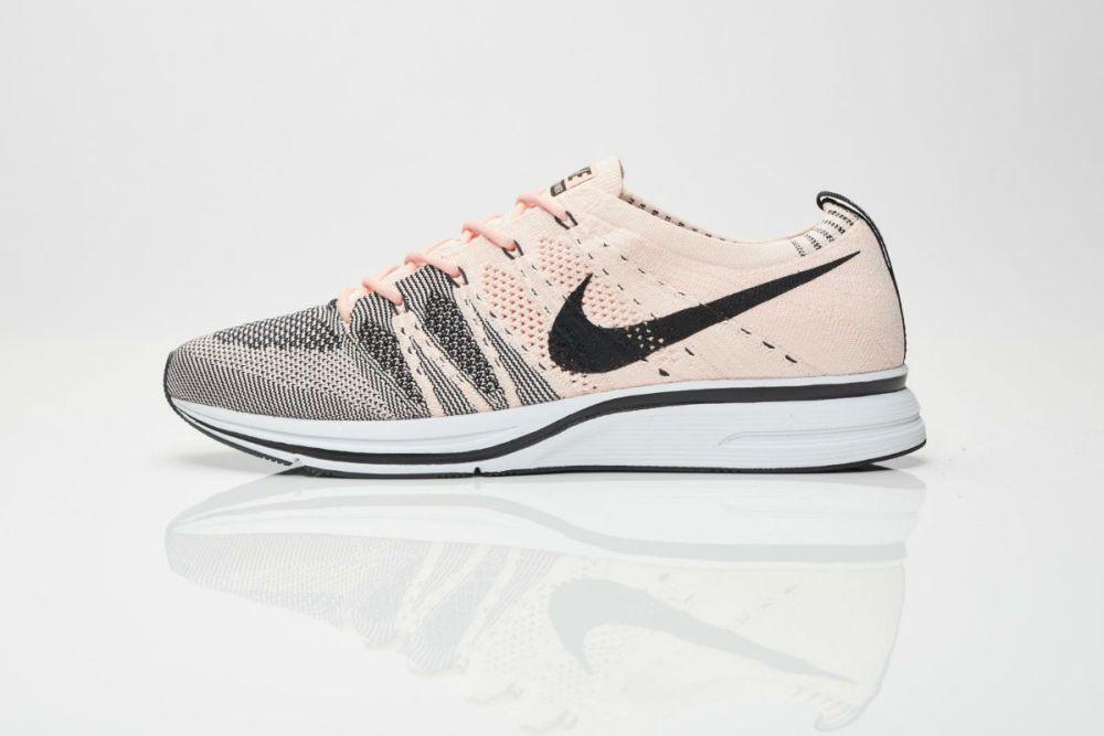 Nike Flyknit Trainer Sunset Tin