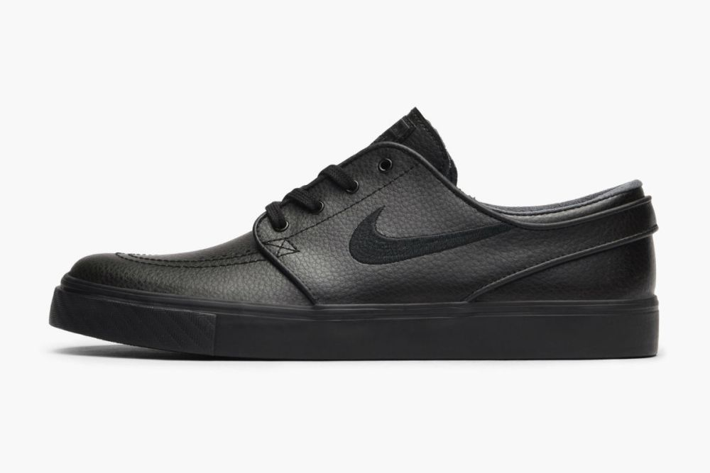 nike sb zoom stefan janoski triple black leather