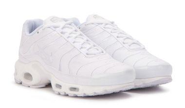 air max plus triple white