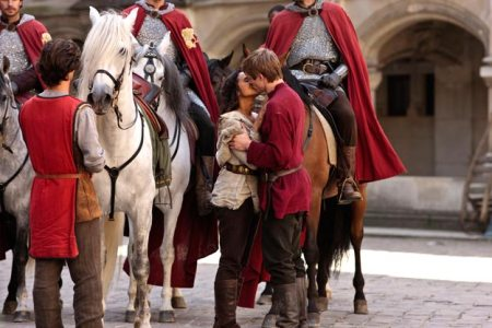 Merlin-Series-3-The-Coming-Of-Arthur-Part-2-Pics-(15)