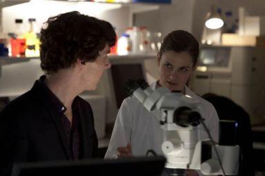 Sherlock-The-Reichenbach-Fall--promo-pics-batch(10)