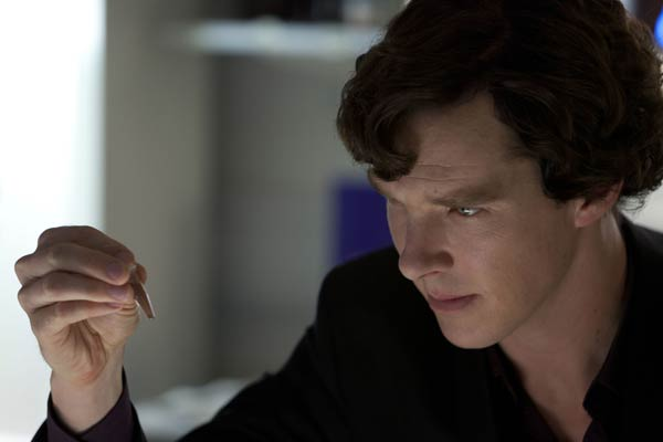 Sherlock-The-Reichenbach-Fall--promo-pics-batch(11)
