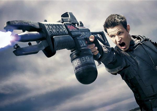 matt-smith-terminator-gen-gun
