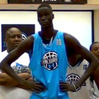 "7'1"" High School Sophomore Thon Maker Is a Basketball PHENOM"