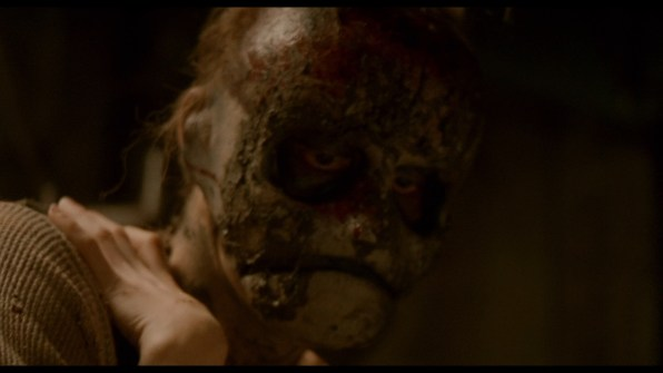 Behind_the_Mask_still_19