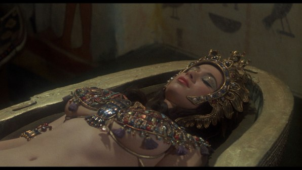 Blood from the Mummy's Tomb cap 4