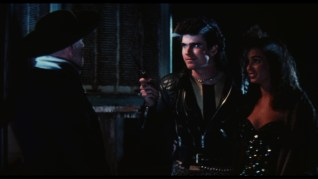 Sundown: The Vampire in Retreat theatrical trailer