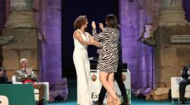 Ada Salas recibe la Medalla de Extremadura