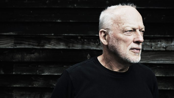 "David Gilmour, vocalista e guitarrista do Pink Floyd, revisita os Beatles: ""Me ensinaram a tocar""."