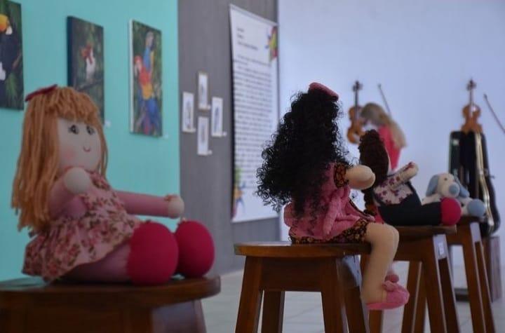 Prefeitura de Mauriti realiza exposição de obras produzidas por artistas locais