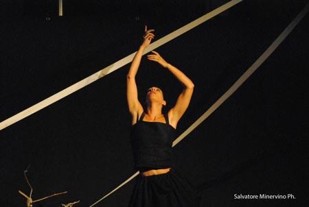 "Intervista a Emanuela Bianchi, dopo il Premio Gaiaitalia.com a ""Lamagara"" al Roma Fringe Festival 2014"