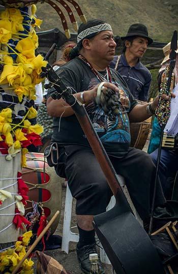 Taita Polibio, el chaman que dirige el Inti Raymi en Shuracpamba