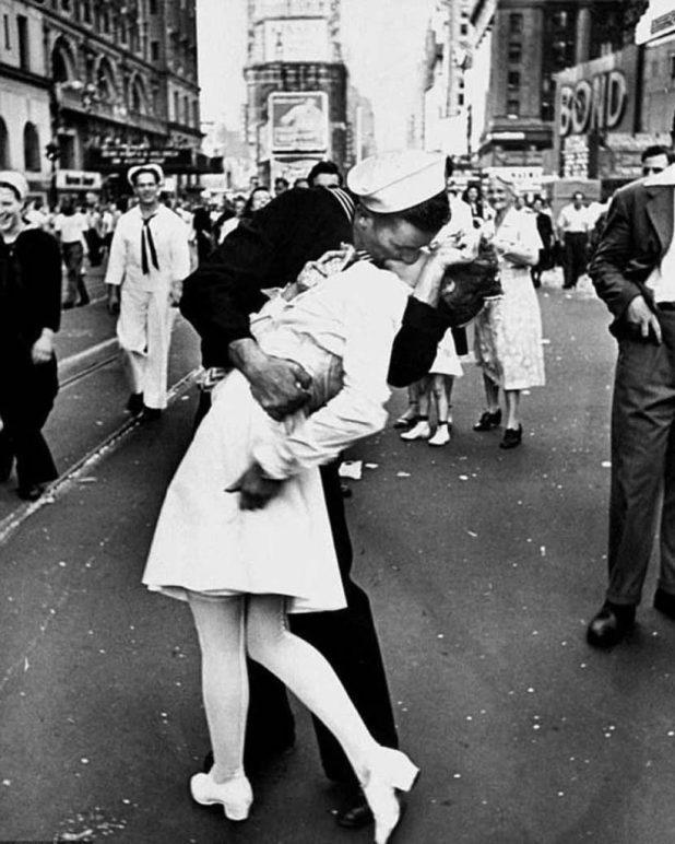 El beso de Times Square de Alfred Eisenstaedt